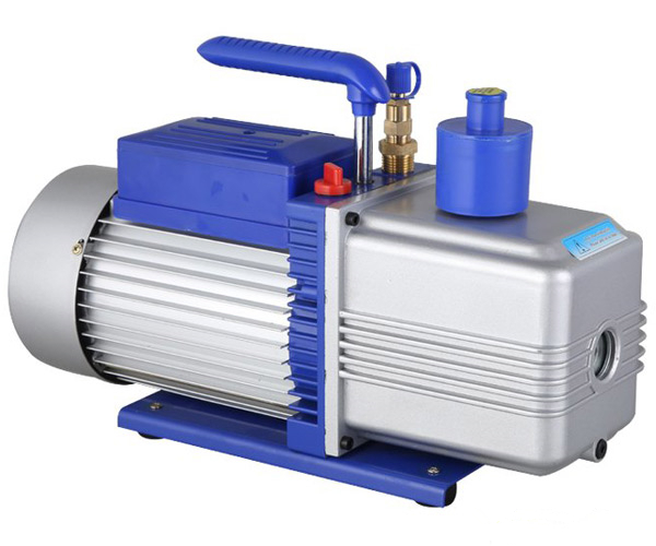 Two stage 2RS-4 oil vacuum pump